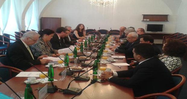 delegacion-parlamentaria-siria-en-Chequia